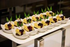 Mini gâteau au fromage de myrtille Images stock