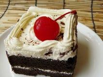 Mini gâteau délicieux de forêt noire Image libre de droits