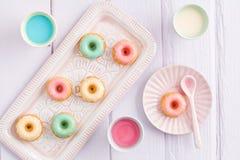 Mini gâteaux de bundt photo stock