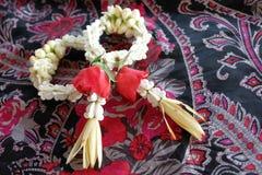 Mini ghirlande delle coppie Valentine Heart Immagini Stock