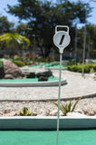 Mini Golf Hole Marker Outdoors Royaltyfri Bild