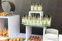 Mini- hamburgare, fingermat, mini- hamburgare, partimat, glidare Royaltyfria Bilder