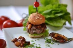 Mini-hamburguesa Foto de archivo libre de regalías