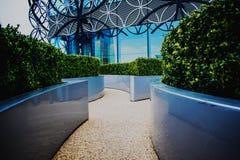 Mini jardin de labyrinthe à la nouvelle bibliothèque de Birmingham photo stock