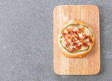Mini kiełbasiana pizza Obrazy Royalty Free