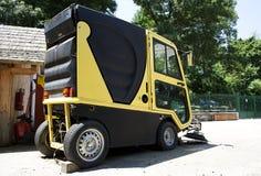 Mini- lokalvårdbil Arkivbild