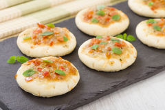 Mini Margherita pizze Obrazy Stock