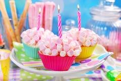 Mini marshmallow cupcakes for birthday party Royalty Free Stock Photos