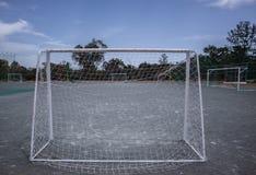 Mini pali e corte di calcio fotografia stock libera da diritti