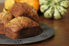 Mini pan de la viruta de chocolate del plátano - 1 Fotos de archivo