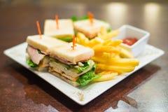 Mini panini su un piatto bianco Fotografie Stock Libere da Diritti