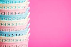 Mini Plastic Cases colorido con las manijas fotos de archivo libres de regalías