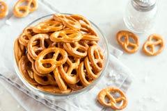 Mini Pretzels salé image stock