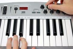 Mini regulador de teclado de Midi Fotos de archivo libres de regalías