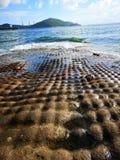 Mini roche de gâteau à la partie du sud de Hong Kong, à côté de la mer Photo stock