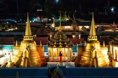 Mini Siam Thailand : beauté dans la photographie de soirée des attractions thaïlandaises photo libre de droits