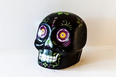 Mini Sugar Skull Top Angle View nero fotografia stock libera da diritti