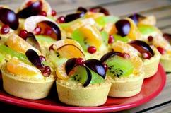Mini tart with fruit Royalty Free Stock Photography