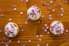 Mini tart with pink hearts Royalty Free Stock Photos