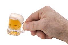 Mini tasse de bière Image libre de droits