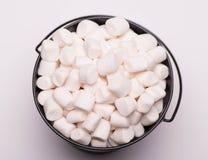 Mini textura branca do close-up do fundo dos marshmallows Alimento Backgr fotos de stock