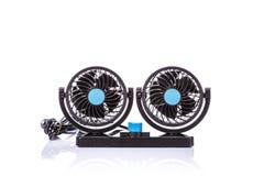 Mini uso negro de la fan en el coche Tiro del estudio aislado en blanco Imagen de archivo libre de regalías