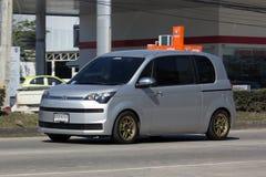 Mini Van van Toyota-Auto, Toyota-Spade Minimpv Van Royalty-vrije Stock Foto's