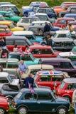 Mini właściciela klubu wiec przynosi setki samochodowy klasyk wpólnie Obraz Stock