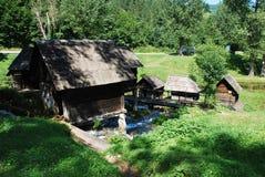 Mini Watermills en el lago Pliva Imágenes de archivo libres de regalías