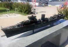 Miniatur des Zerstörers ORP Blyskawica in Gdynia-Hafen, Polen Stockfotos