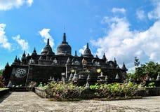 Miniatur von Borobudur-Tempel in Banjar-Dorf, B Lizenzfreie Stockbilder