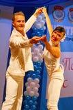 Miniatura coreográfica en el estilo del blanco - bailarines que realizan la compañía del teatro de variedades de St Petersburg Fotos de archivo