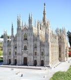 Miniatura de la catedral del Duomo de Milano en mini parque Imágenes de archivo libres de regalías