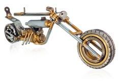 Miniatura fatta a mano di un motociclo del selettore rotante Veicolo decorativo fatto delle parti meccaniche, cuscinetti, cavi, c Fotografie Stock Libere da Diritti