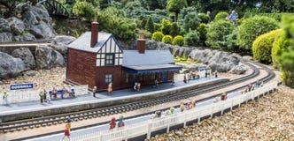 Miniaturbahnstation lizenzfreies stockfoto