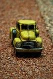 Miniature antique de véhicule de camionnette de livraison photographie stock libre de droits