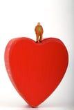Miniature de quelques amants dans une boîte en forme de coeur Images stock