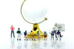 Miniature people : Teacher asking students a question,Education. Concept Royalty Free Stock Images
