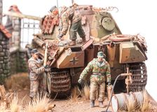 Free Miniature With Soldiers Andgerman Tank Royalty Free Stock Photography - 41762717