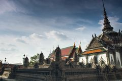 Miniaturowa kopia Angkor Wat świątynia przy Watem Phra Kaeo zdjęcia royalty free