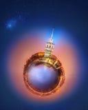 Miniaturowa Ziemska planeta z ważnymi budynkami i przyciąganiami Istanbuł Obrazy Stock