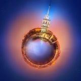 Miniaturowa Ziemska planeta z ważnymi budynkami i przyciąganiami Istanbuł Zdjęcie Royalty Free