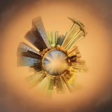 Miniaturowa Ziemska planeta z ważnymi budynkami i przyciąganiami Singapur Fotografia Royalty Free