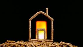 Miniaturowy dom robić z drewnianymi wyrkami zbiory wideo
