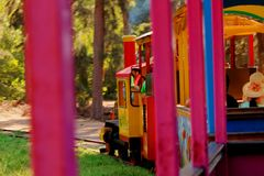 Miniaturowy wycieczka turysyczna pociąg w parku w Chimbote, Peru fotografia royalty free