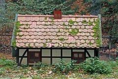 Miniatuur plattelandshuisje Royalty-vrije Stock Afbeeldingen