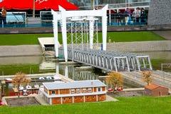 Miniatuur spoorwegbrug Stock Fotografie