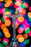 Miniatuurcijfersballroom dansen op Wijnglazen Stock Afbeelding