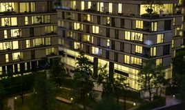 Miniatuurstad met de flatgebouwbouw royalty-vrije stock foto's