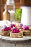 Minibuchweizenpfannkuchen Lizenzfreies Stockfoto